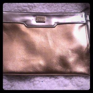 IT Cosmetics bag
